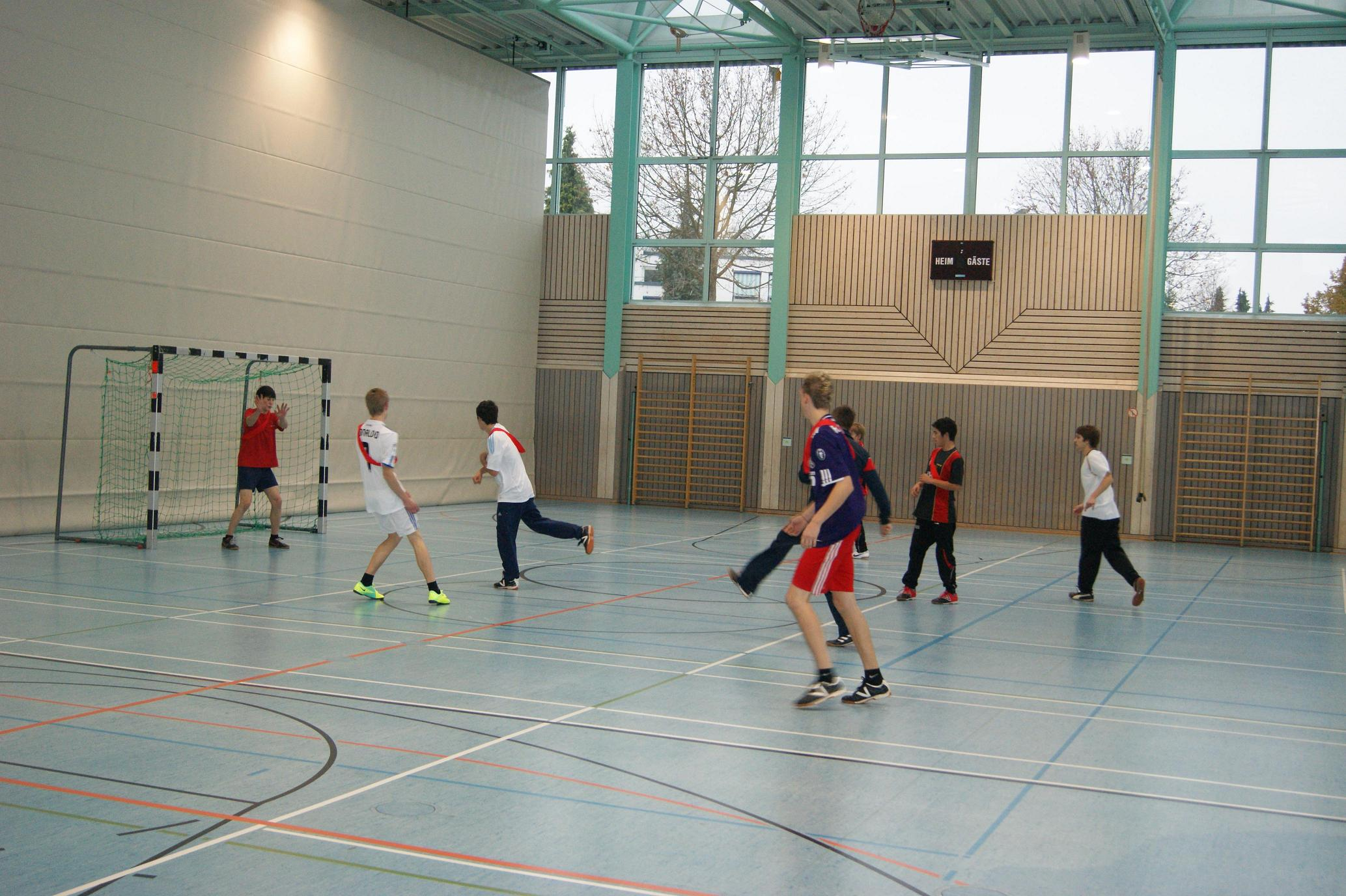Kicken in der Halle